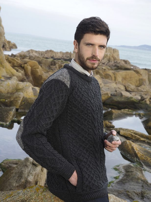 MEN'S CREW NECK SWEATER WITH TWEED DETAIL T24