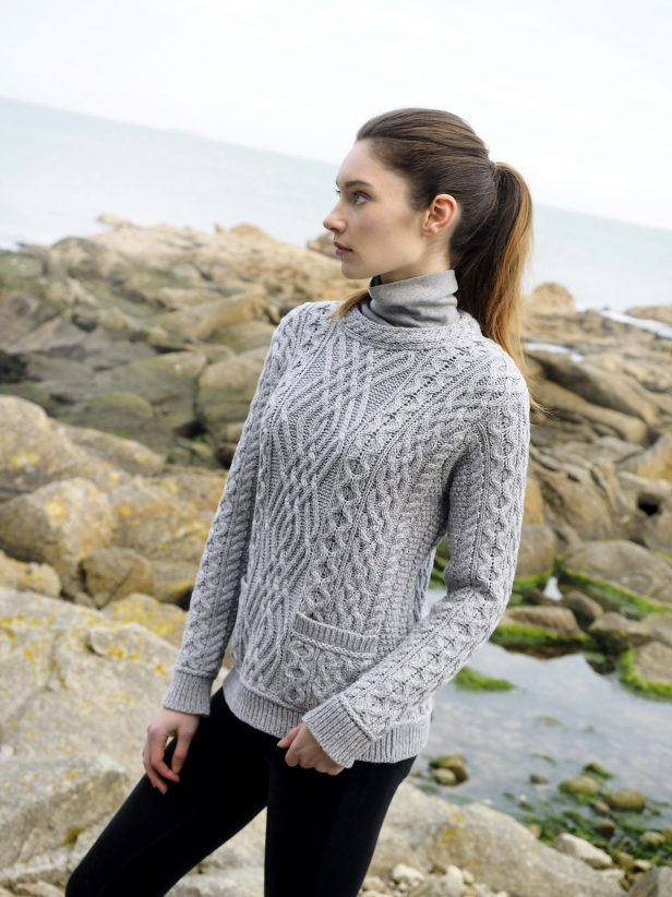 CABLE CREW NECK SWEATER C4443