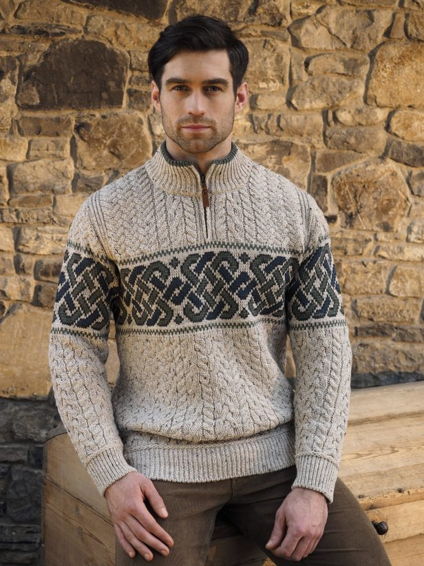 Jacquard sweater with half zip X4843
