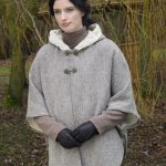 Hooded Tweed Cape with Aran lining T31
